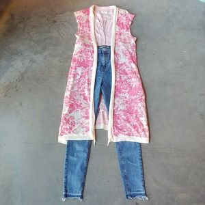 Guinevere Pink and Ivory Floral Cardigan Vest sm